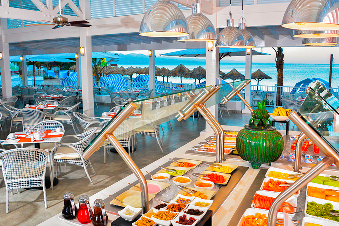 Buffet illimitado Decameron Cornwall Beach