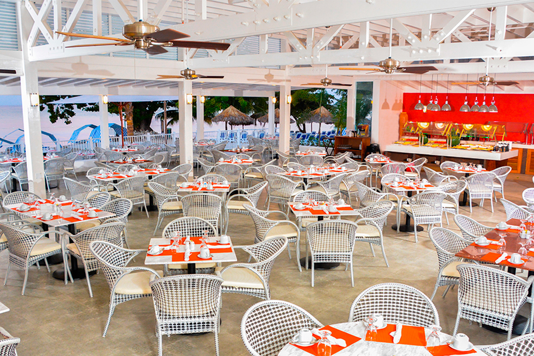 Restaurante Decameron Jamaica Cornwall Beach