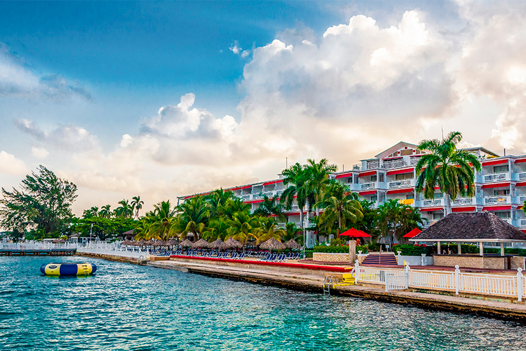 tourist packages jamaica royal decameron montego beach rh decameron com royal decameron montego bay beach resort royal decameron montego bay beach resort