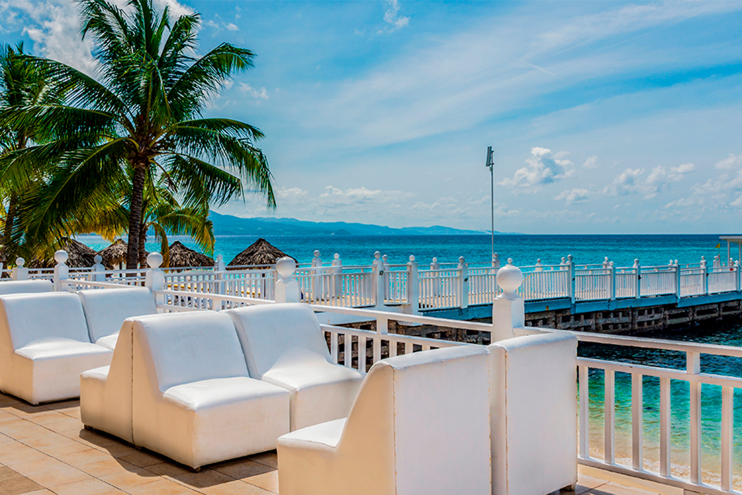 Bar Decameron Montego Beach Jamaica