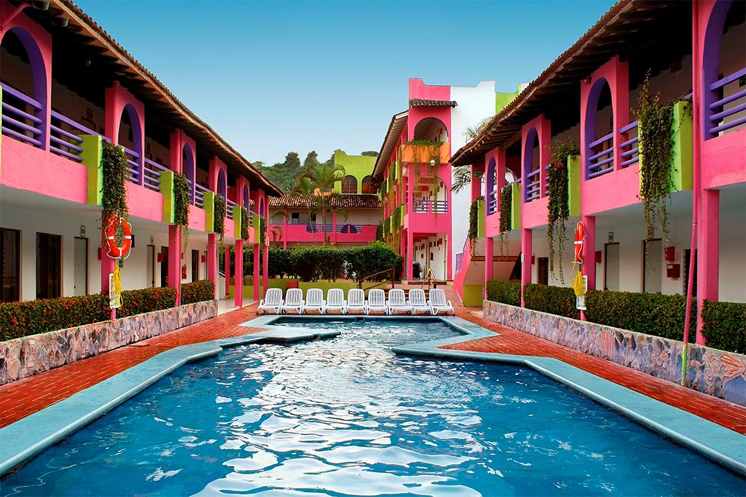 Vacation in mexico decameron los cocos decameron all for Hotel luxury rincon de guayabitos