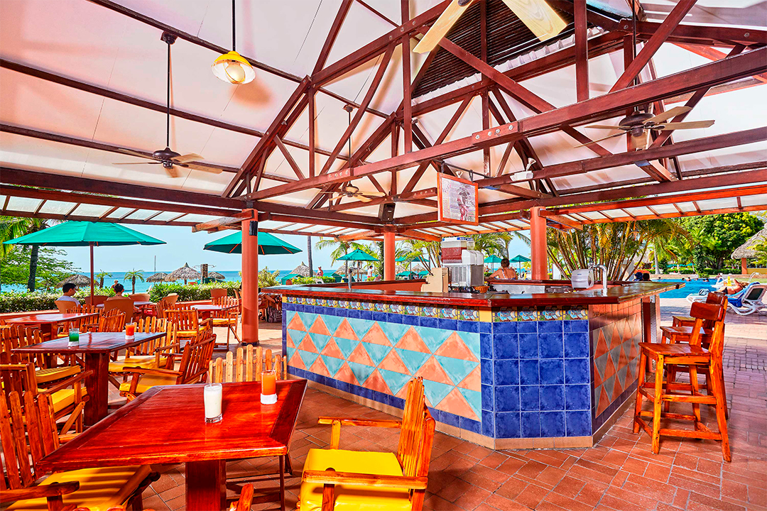 Bar Decameron Beach Resort & Villas